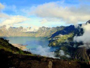 Wulkan nad wulkany! Mount Rinjani